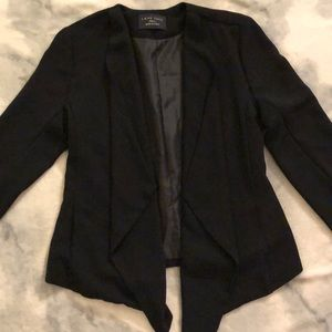 Blazer jacket with flow-y front opening